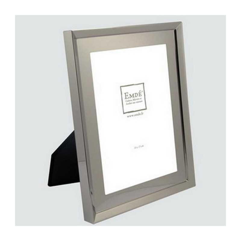 cadre photo en m tal argent existe en plusieurs formats photos. Black Bedroom Furniture Sets. Home Design Ideas