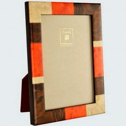 Checkered photo frame in orange marquetry