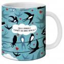 """Mug, """"Quelle hirondelle t'apporte une bonne nouvelle ?"""" by Lali"""