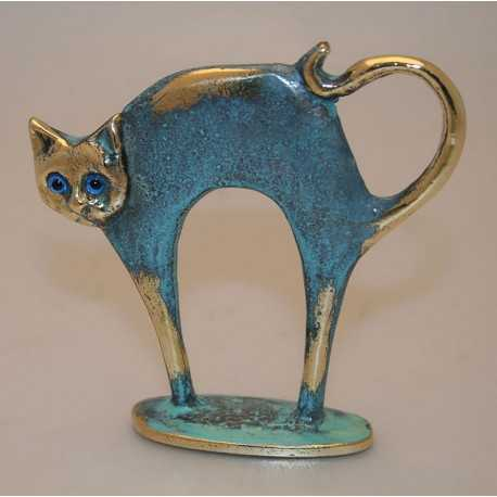 Stretching cat statuette