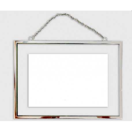 Photo frame between two glasses with chain