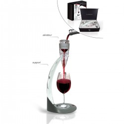 Wine aerator with stand
